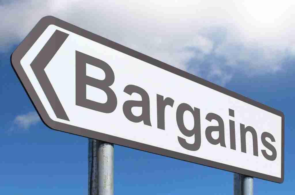 mobile phone bargains road sign